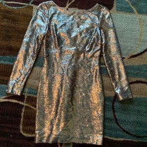 Jessica Simpson gold sequin dress. SZ 2